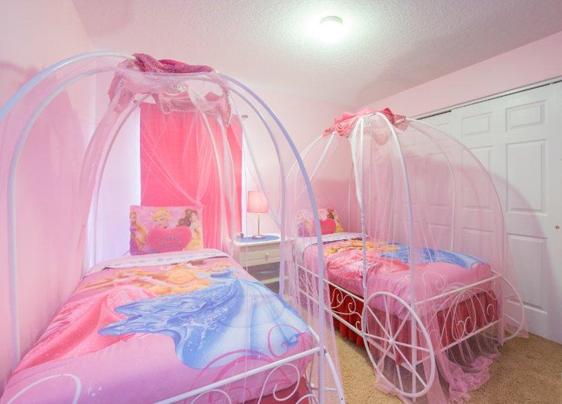 4 Bedroom Priv. Pool/Spa Disney, casa vacanza a Intercession City