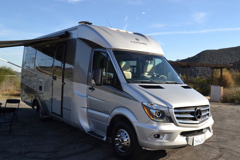 Mercedes-Benz Luxury Leisure Unity RV, holiday rental in Simi Valley