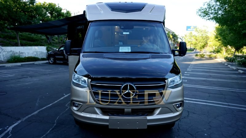 Mercedes-Benz Regency RV Ultra, holiday rental in Simi Valley