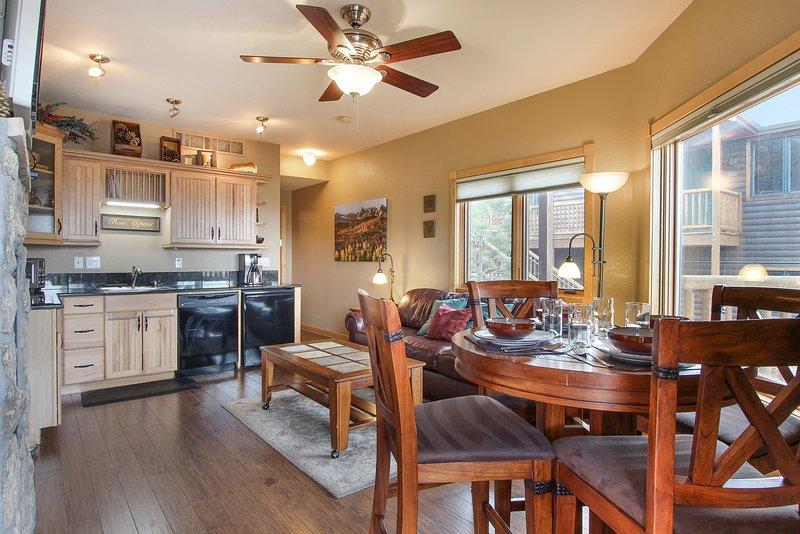 Flooring,Hardwood,Ceiling Fan,Furniture,Chair