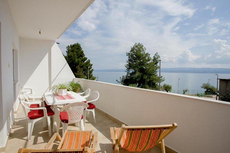 New apartment close to the beach, vakantiewoning in Jesenice