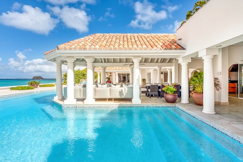 Villa Petite Plage 5 | Beach Front - Located in Wonderful Grand Case with Priv, holiday rental in Grand Case