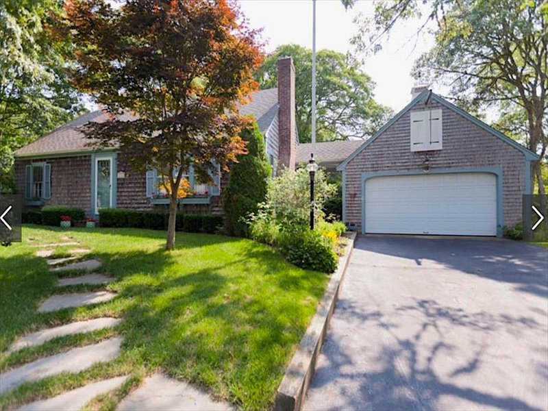 11 JEANETTE DRIVE 130920, holiday rental in North Chatham