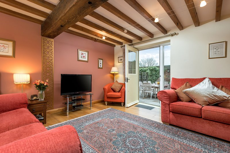 Barn House Broadgate Farm Cottages 4 bed, holiday rental in Skidby