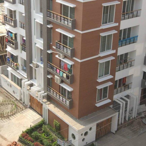 Large Apartment for rent in Mirpur DOHS, Ferienwohnung in Savar