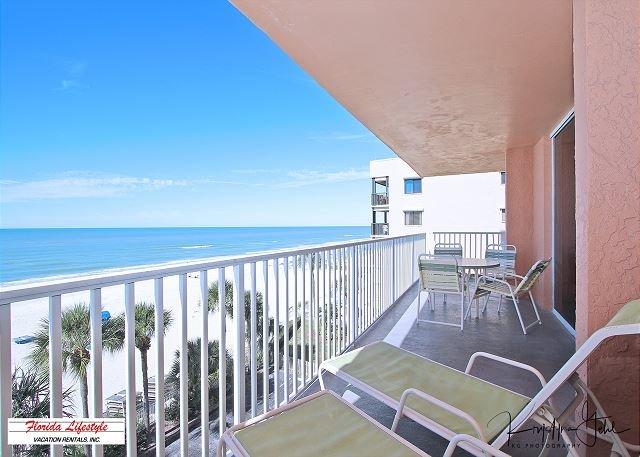 Sand Castle II Condominium 2506, vacation rental in Indian Shores
