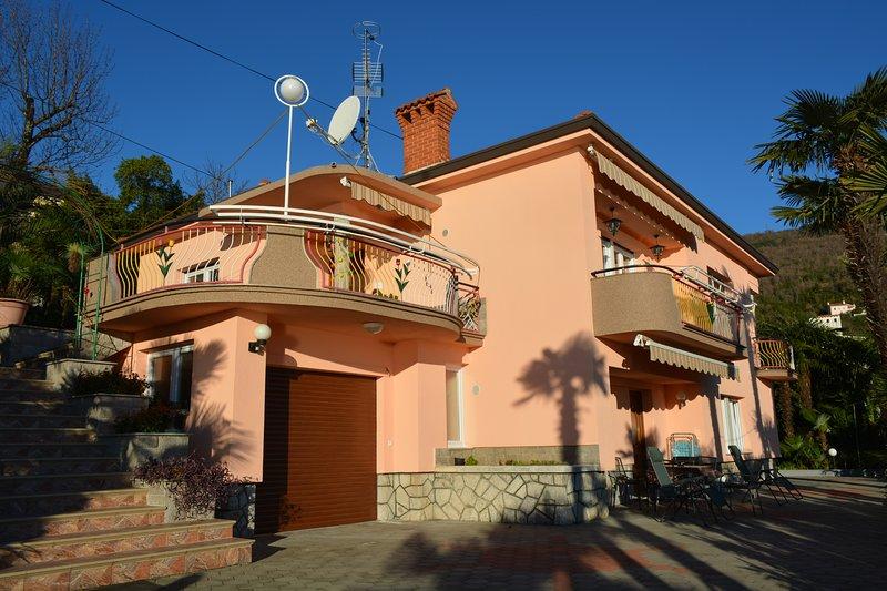 Apartment Dukić, holiday rental in Opatija