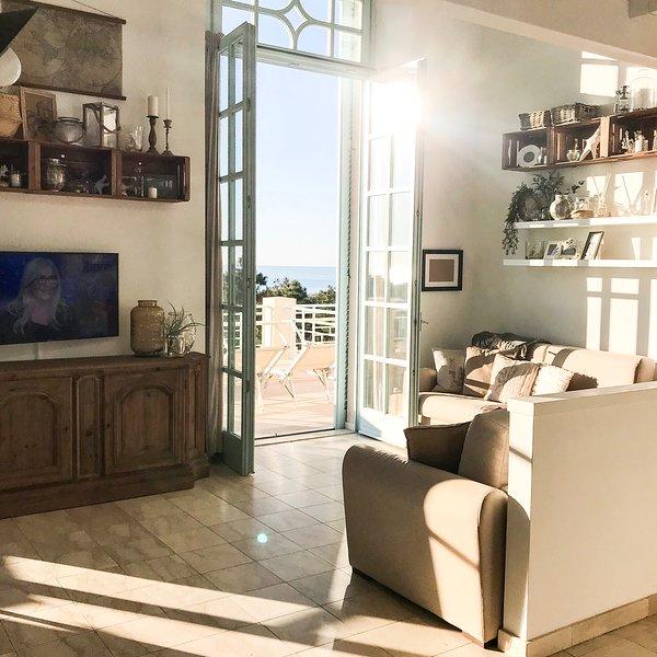 LOFT42 | Maravillosa terraza frente al mar | Costa de Pisa, alquiler vacacional en Marina di Pisa