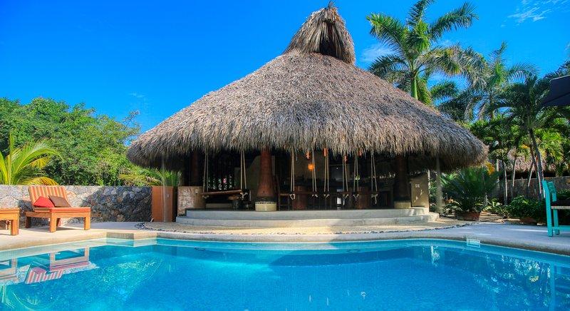 Villa Armonia, Private Ocean Front Villa, holiday rental in Troncones