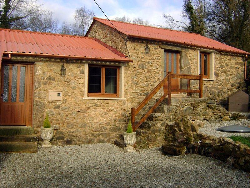 Casa de Piedra Vendimia, alquiler de vacaciones en Melide