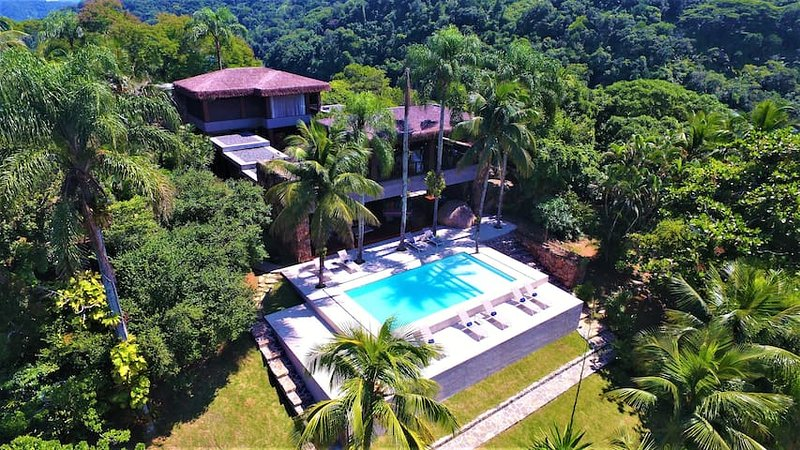 Outstanding Private Island Angra dos Reis – ANG005, holiday rental in Frade