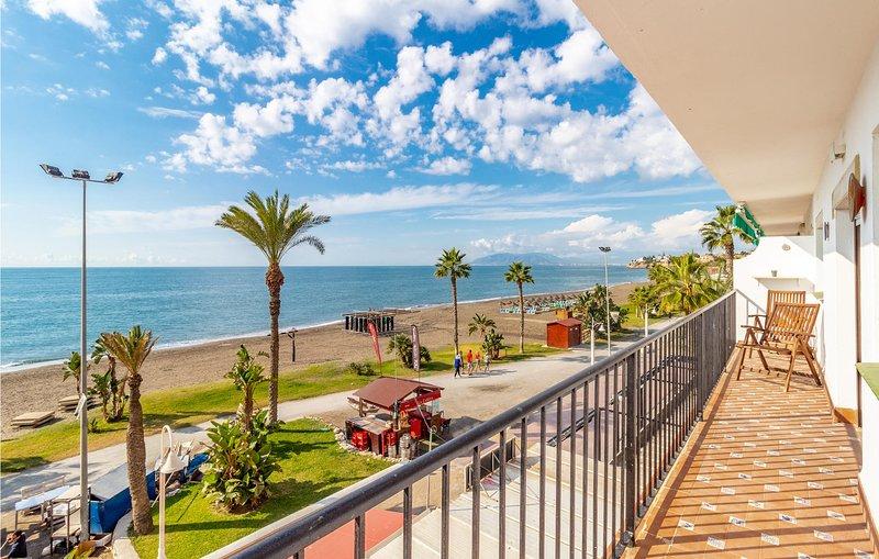 Nice apartment in Rincón de la Victoria with 3 Bedrooms (EAS341), location de vacances à Rincon de la Victoria