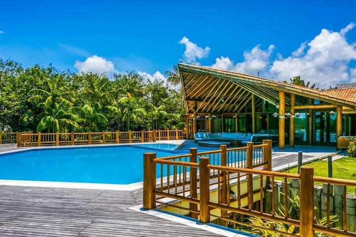 Casa Espetacular no Terra Vista Golf Trancoso - BAH004 – semesterbostad i Trancoso