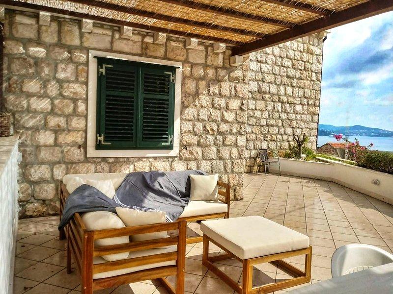 Casa Bougainvillea, Mlini, Dubrovnik, holiday rental in Mlini