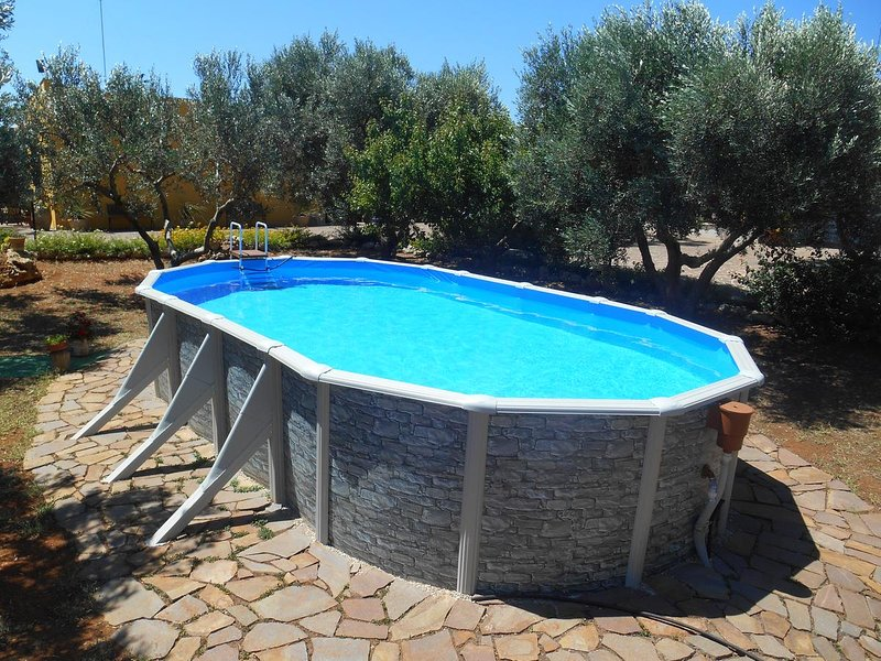 Nice house with shared pool & Wifi, holiday rental in Salignano