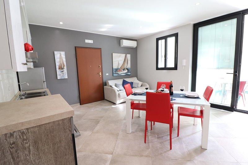 Modern Apartment casa Giuditta Deluxe A Otranto Wi-fi Balcony, casa vacanza a Uggiano La Chiesa
