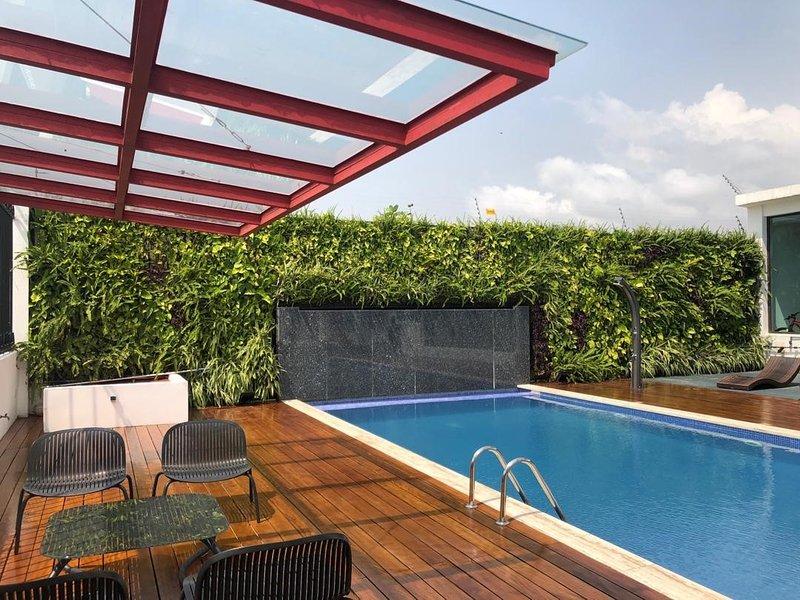 Appartement Luxueux Vue sur Mer, location de vacances à Grand Bassam