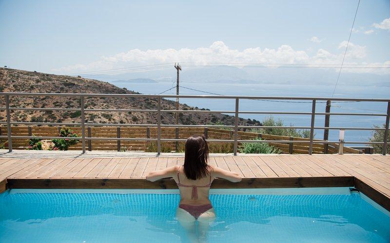 Halcyon Panorama Elegant Maisonette, holiday rental in Ellinika
