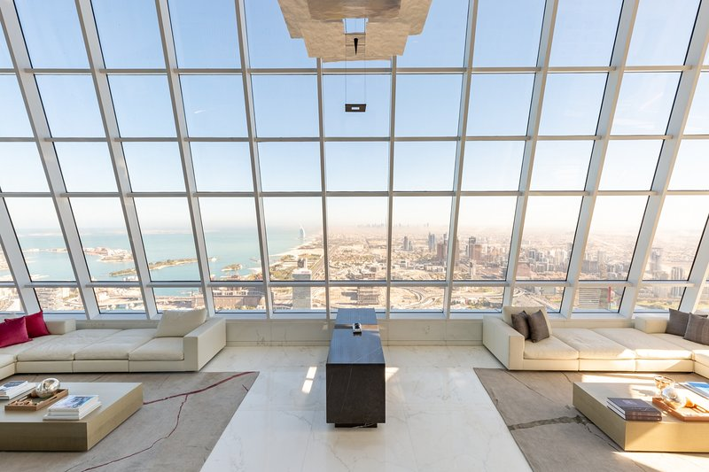 Unmatched Luxury Penthouse in Dubai Marina, holiday rental in Jebel Ali
