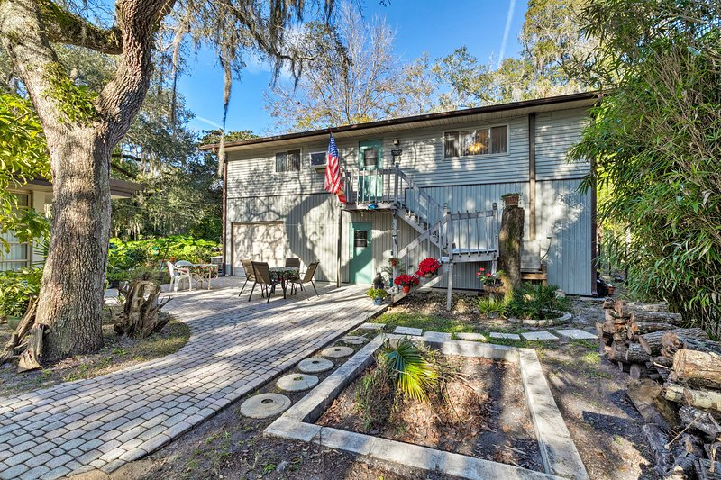 This Yankeetown apartment is a perfect retreat on Florida's west coast.