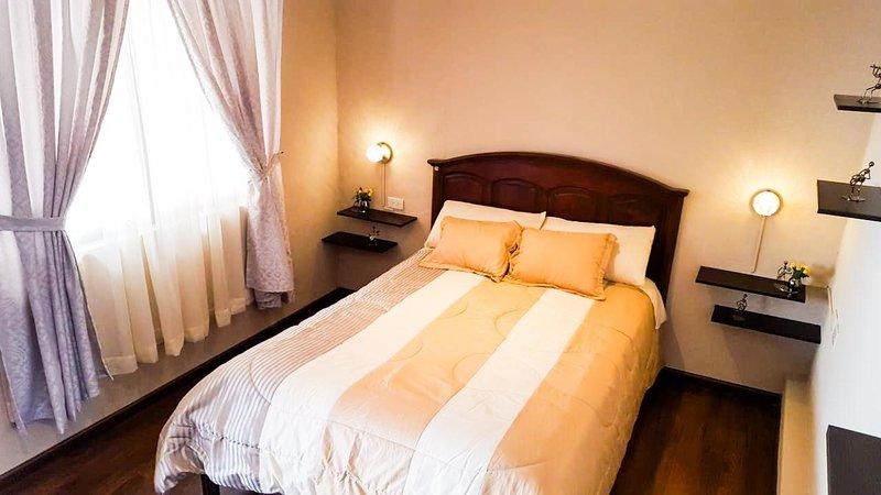 Alojamiento casa privada, vacation rental in Cuenca
