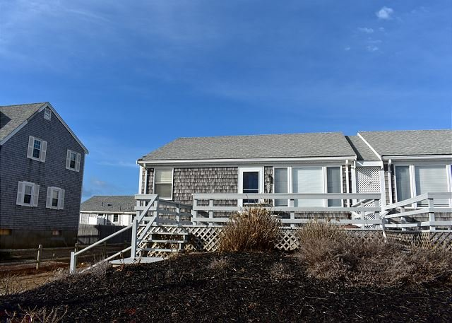 New 2020 duplex listing in West Dennis Fiddler's Green, vacation rental in West Dennis