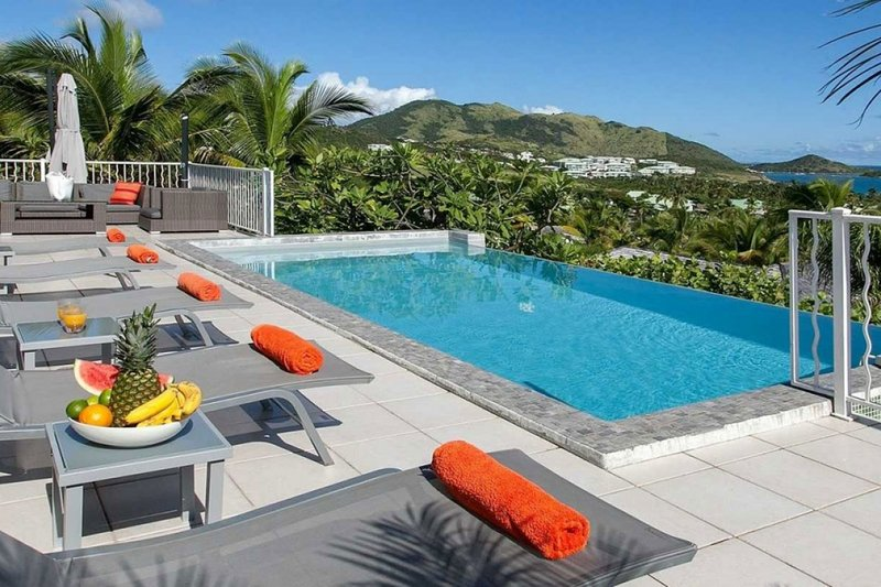 Villa La Sarabande | Ocean View - Located in Magnificent Orient Bay with Privat, holiday rental in Orient Bay