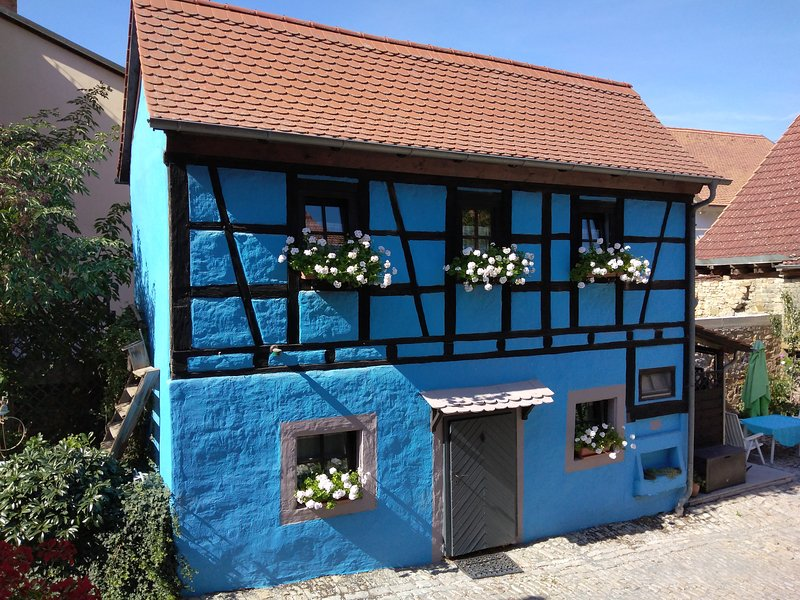 Little Bavarian Cottage In Romantic Stadt, holiday rental in Lower Franconia