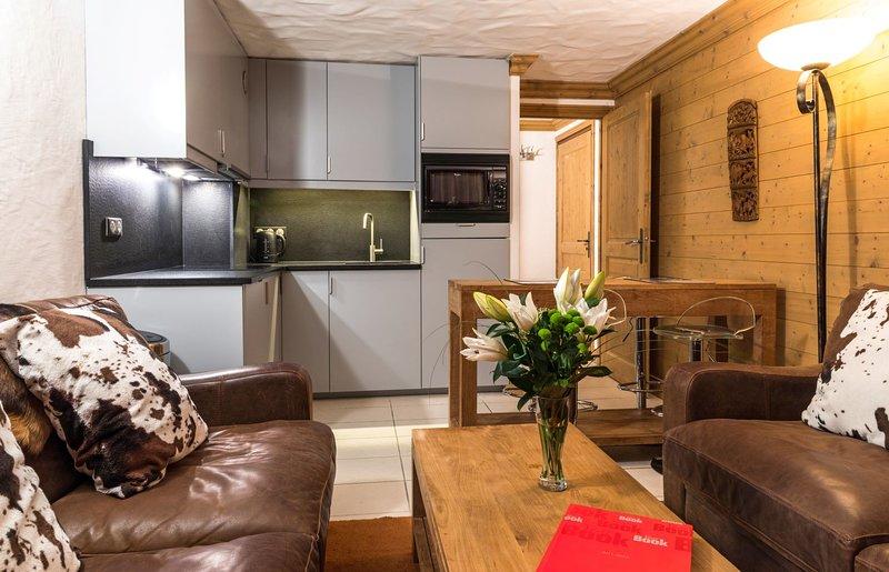 L'Aiglon 22 - 2-bedroom duplex near the piste – semesterbostad i Val d'Isère