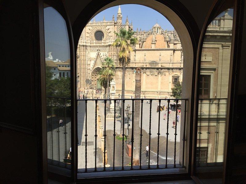Atico vistas a la Catedral, Giralda y real Alcazar, location de vacances à Séville