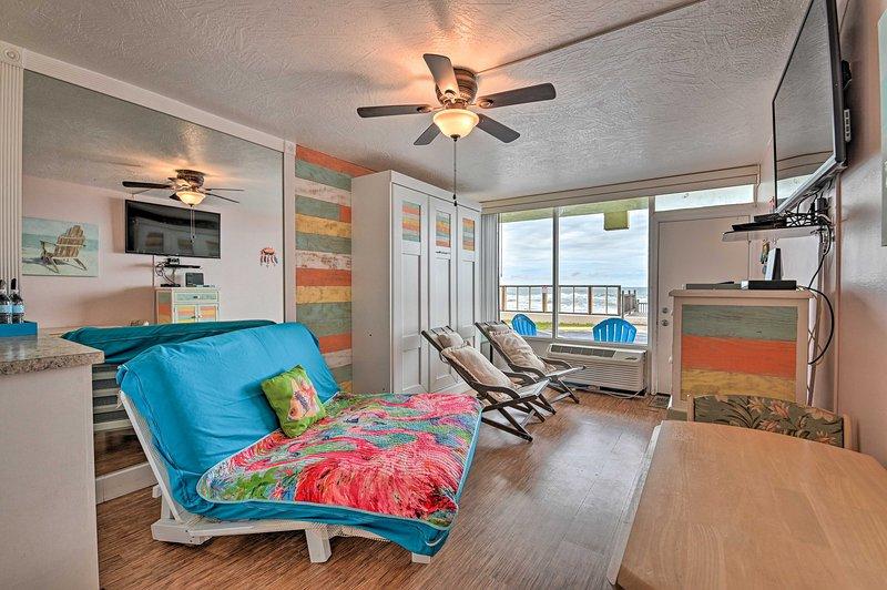 Chamando todos os coelhos da praia, pássaros da neve e casais! Este condomínio estúdio é para você.