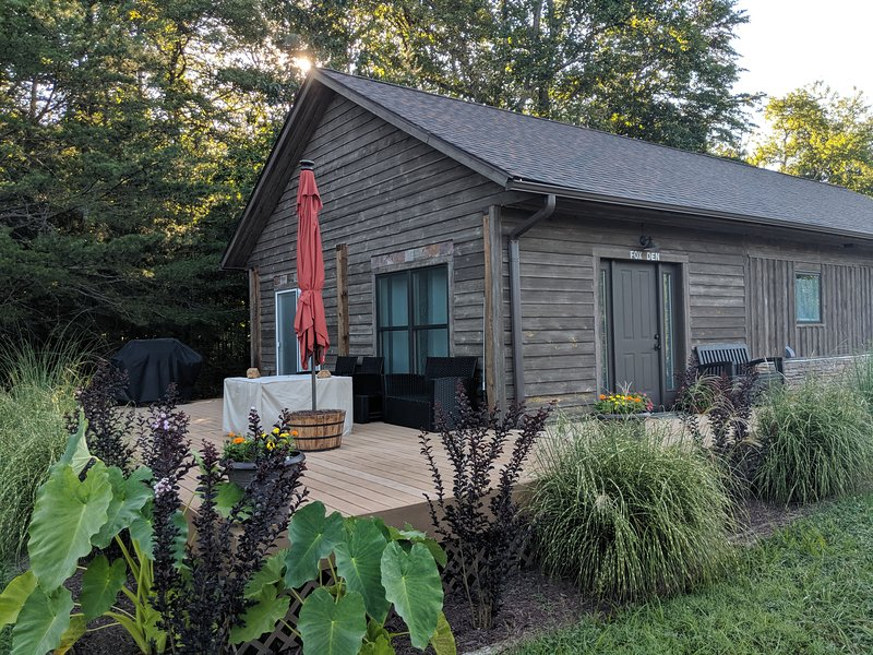 Mountain Retreat to the Fox Den at Meadow Springs, holiday rental in Ruckersville