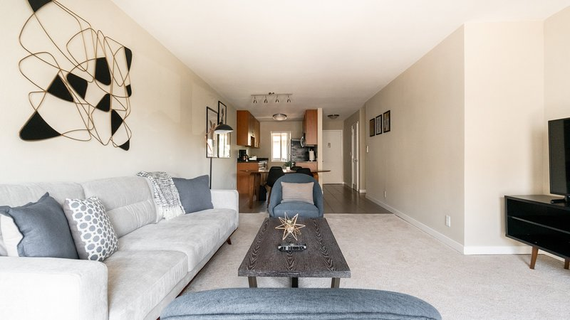 Pet-Friendly 2BR in Cupertino near Tech Cos, vacation rental in Sunnyvale