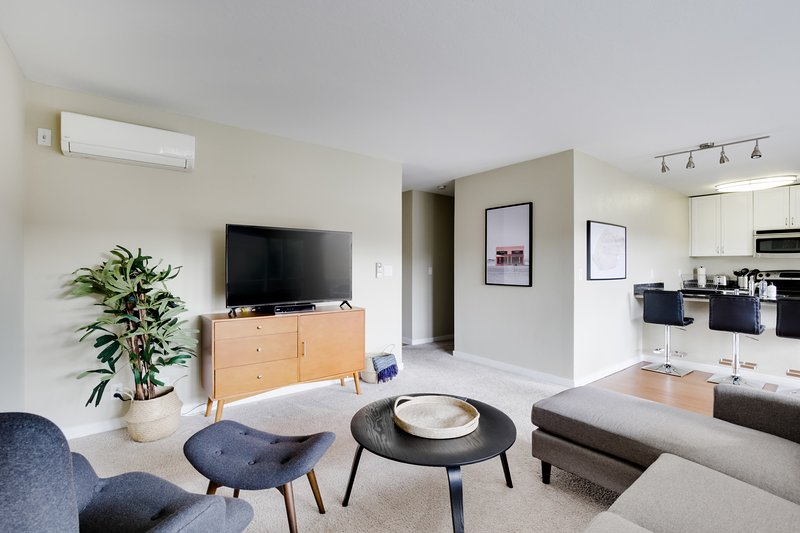 Cupertino 2BR with Amenities, vacation rental in Sunnyvale