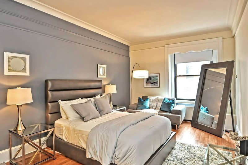Evon - Downtown Boston - Stunning Apt Near Subway, vacation rental in Boston