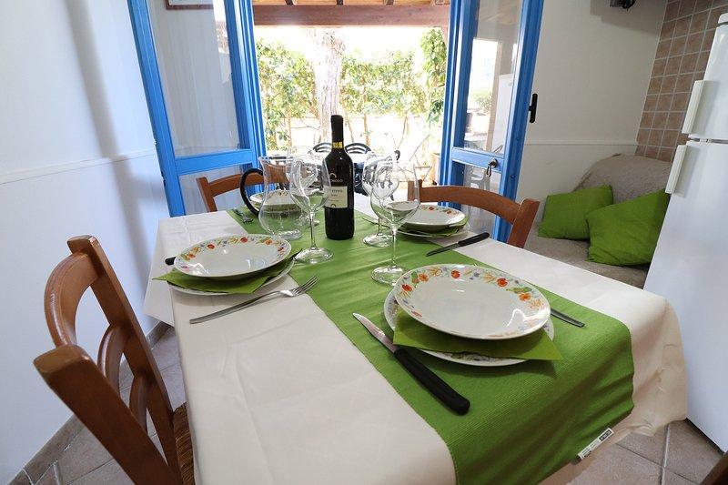 Villetta Adele Torre Dellorso 5 posti, holiday rental in Sant'Andrea