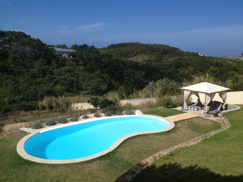 Kintinha - Fabulous Holiday Villa with Private Infinity Pool, location de vacances à Ericeira