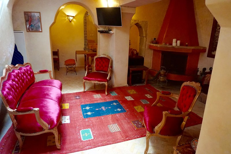 Romantic 3-Bed medina house, vacation rental in Essaouira