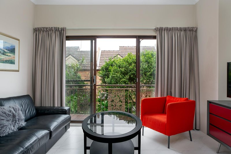 Newly renovated townhouse in stylish Balmain, vacation rental in Balmain