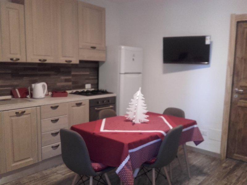 Beautiful house in Vittoria & Wifi, holiday rental in Pedalino