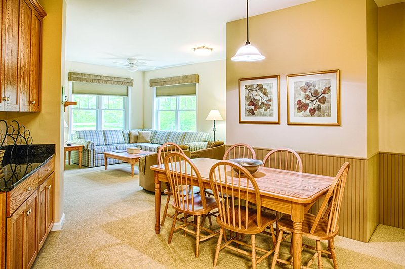 Club Wyndham Smugglers Notch, 2 Bedroom Suite, holiday rental in Jeffersonville