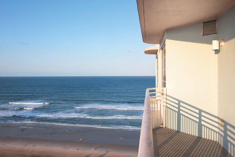 Club Wyndham Ocean Walk, Florida, 1 Bedroom Deluxe, holiday rental in Holly Hill