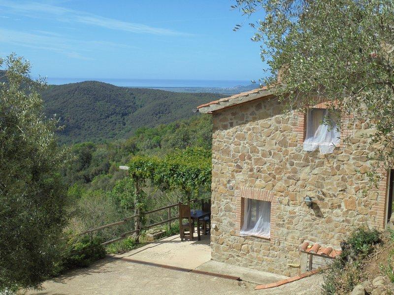 La casetta di Leo, location de vacances à Giuncarico
