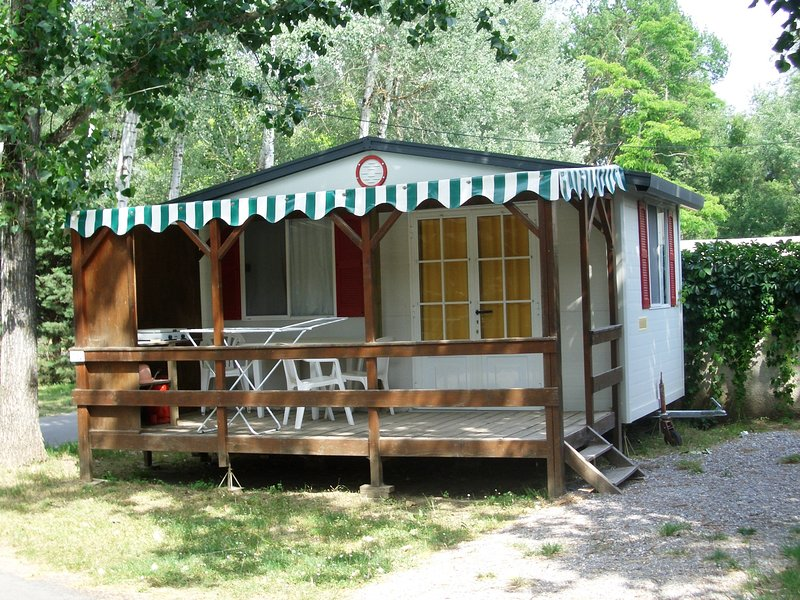 Camping Les Myotis LE PETIT MURIN 2-3 pers, vacation rental in Sigoyer