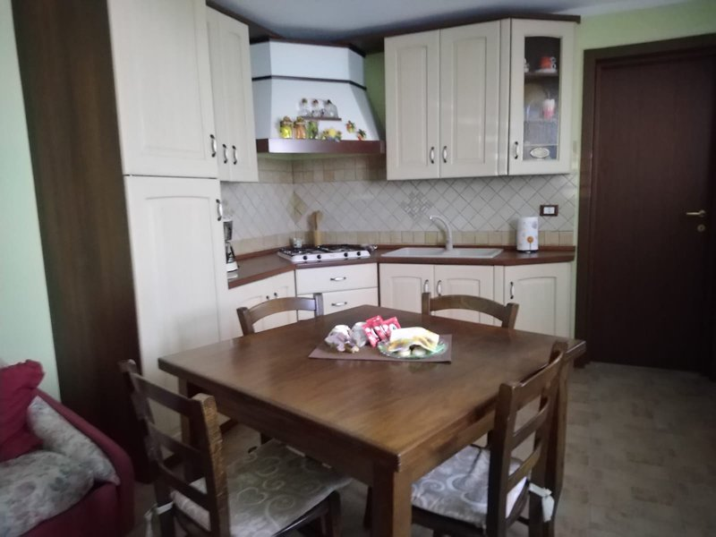 large and equipped kitchen