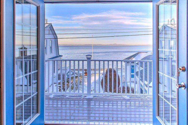 NEW! Sebago Lake Haven w/ Deck & Waterfront View, casa vacanza a Sebago