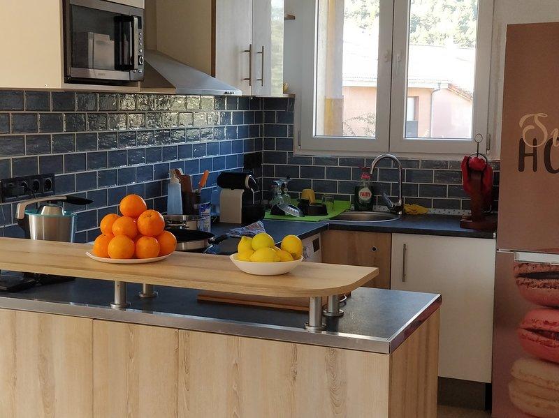 Apartamento de montaña cómodo moderno y acogedor, vacation rental in Durro