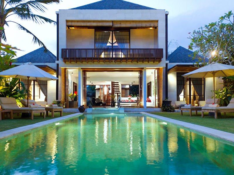Villa Raj, 3BR, Ketewel, holiday rental in Ketewel