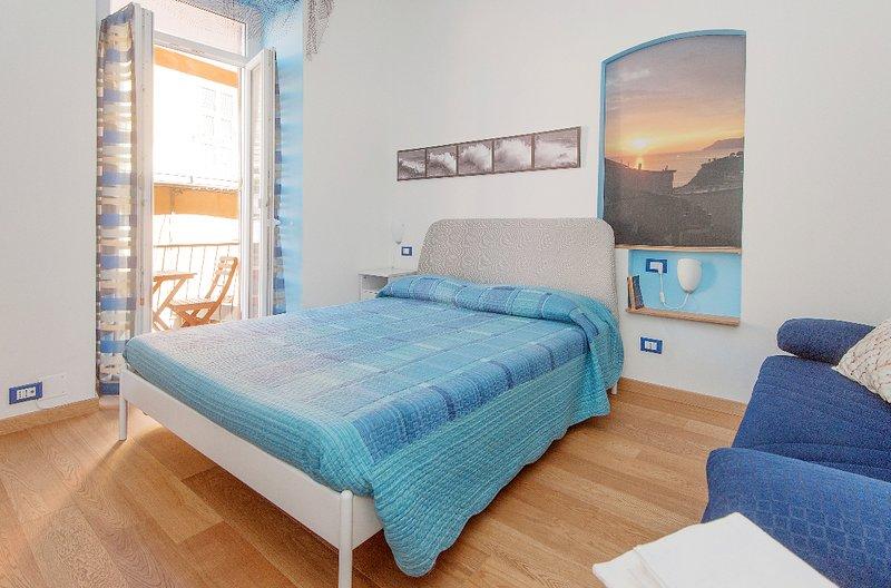 La Camera BLU di Giulia  (011024-AFF-0055), casa vacanza a Manarola
