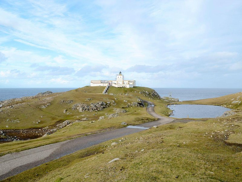 Principal Lighthouse Keeper's Cottage, holiday rental in Melvich